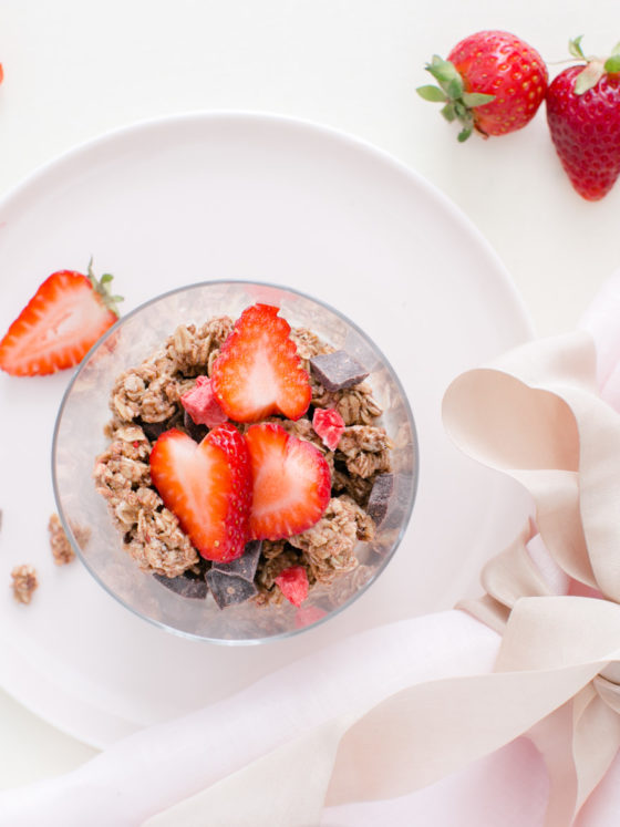 food photography, healthy food, pretty food, food styling, almond chia seed parfait